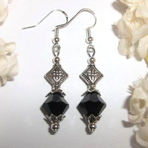 Small Black and Silver Earring Set Simple NWT 6533